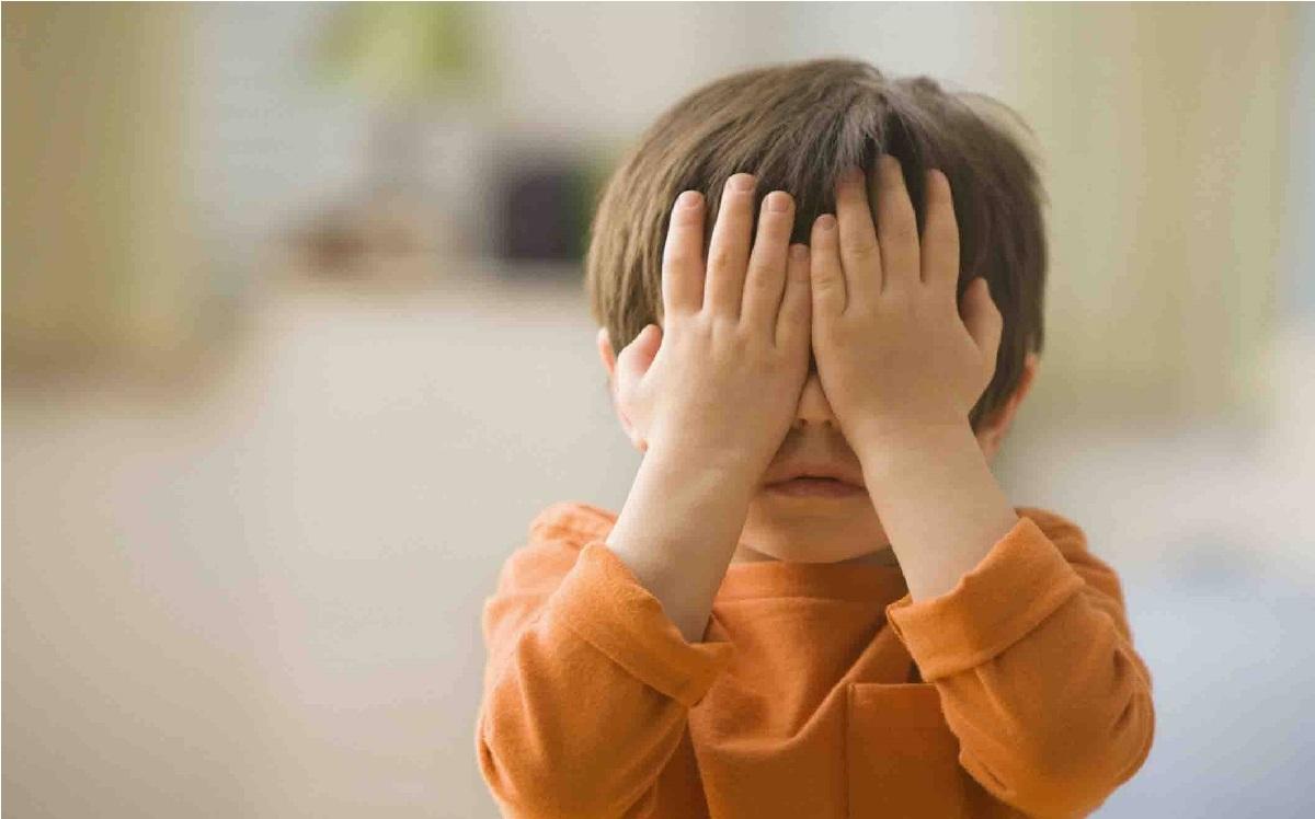 همه-چیز-راجع-به-خجالتی-بودن-کودکان