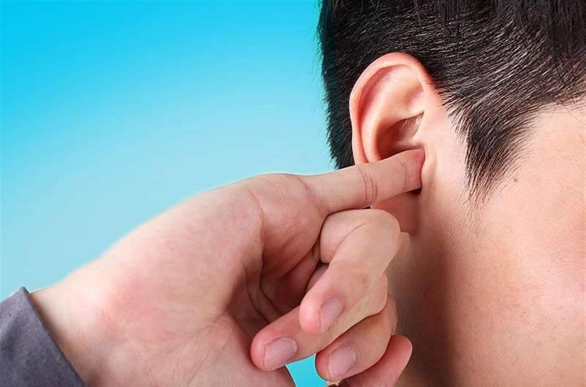 راهکارهای-طبیعی-درمان-خارش-گوش