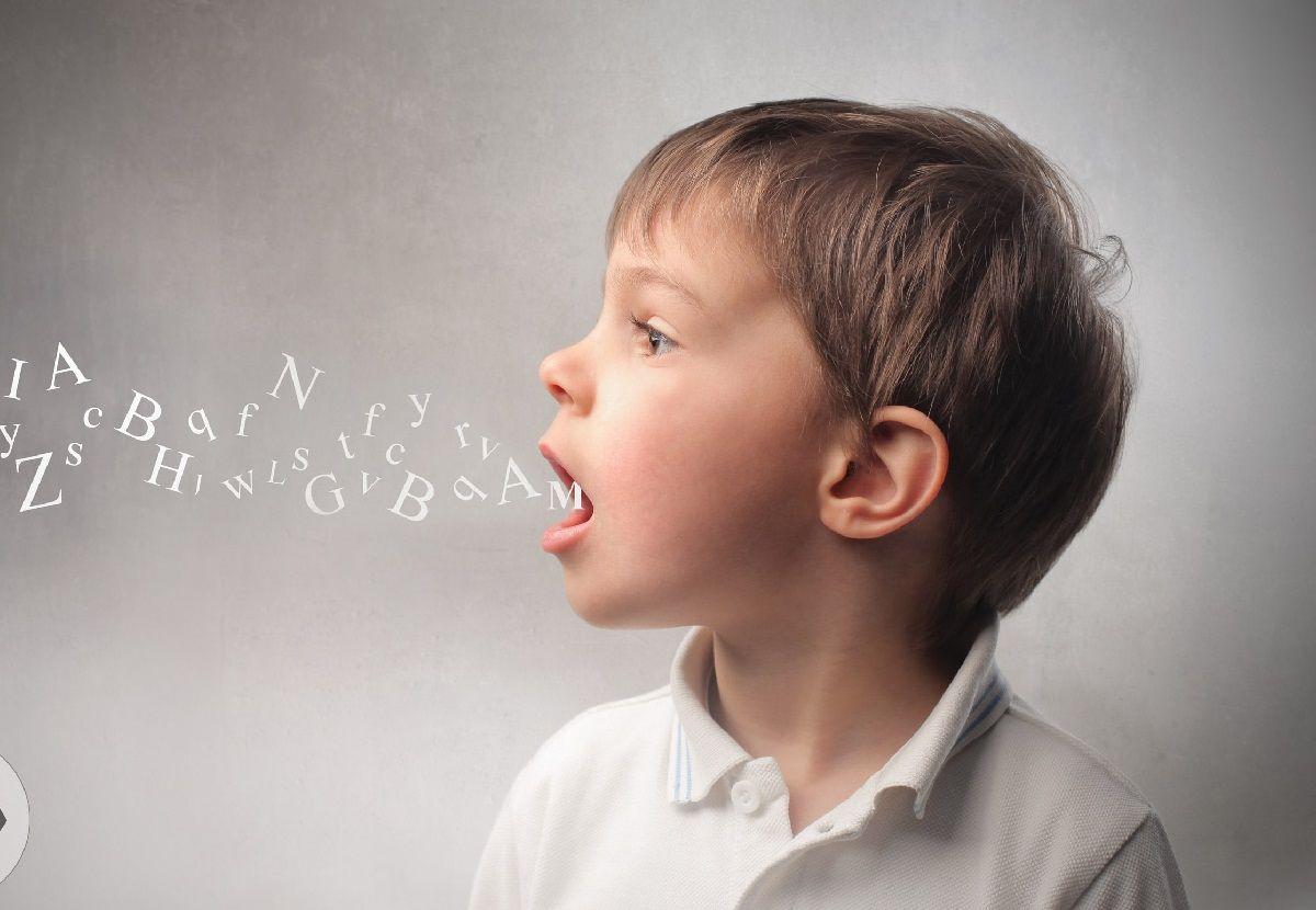 تاخیر-در-حرف-زدن-کودک