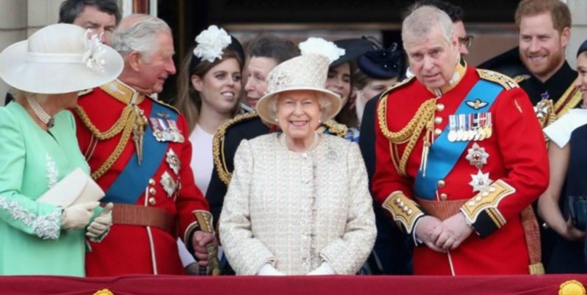 نگاهی به حوزه اختیارات «مقام تشریفاتی» ملکه انگلیس!