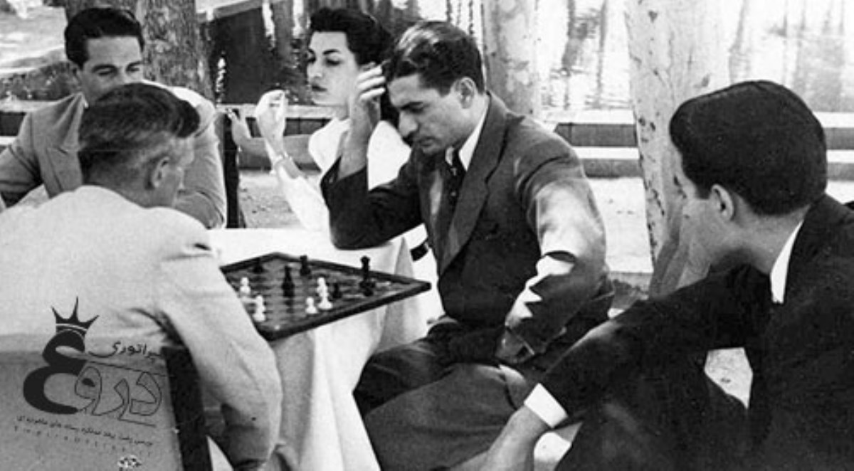 بزک | خاندان قمارباز پهلوی