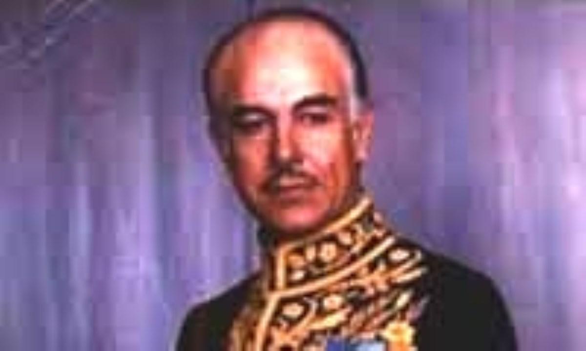 ویولنزنی که 12 سال وزیر فرهنگ ایران بود