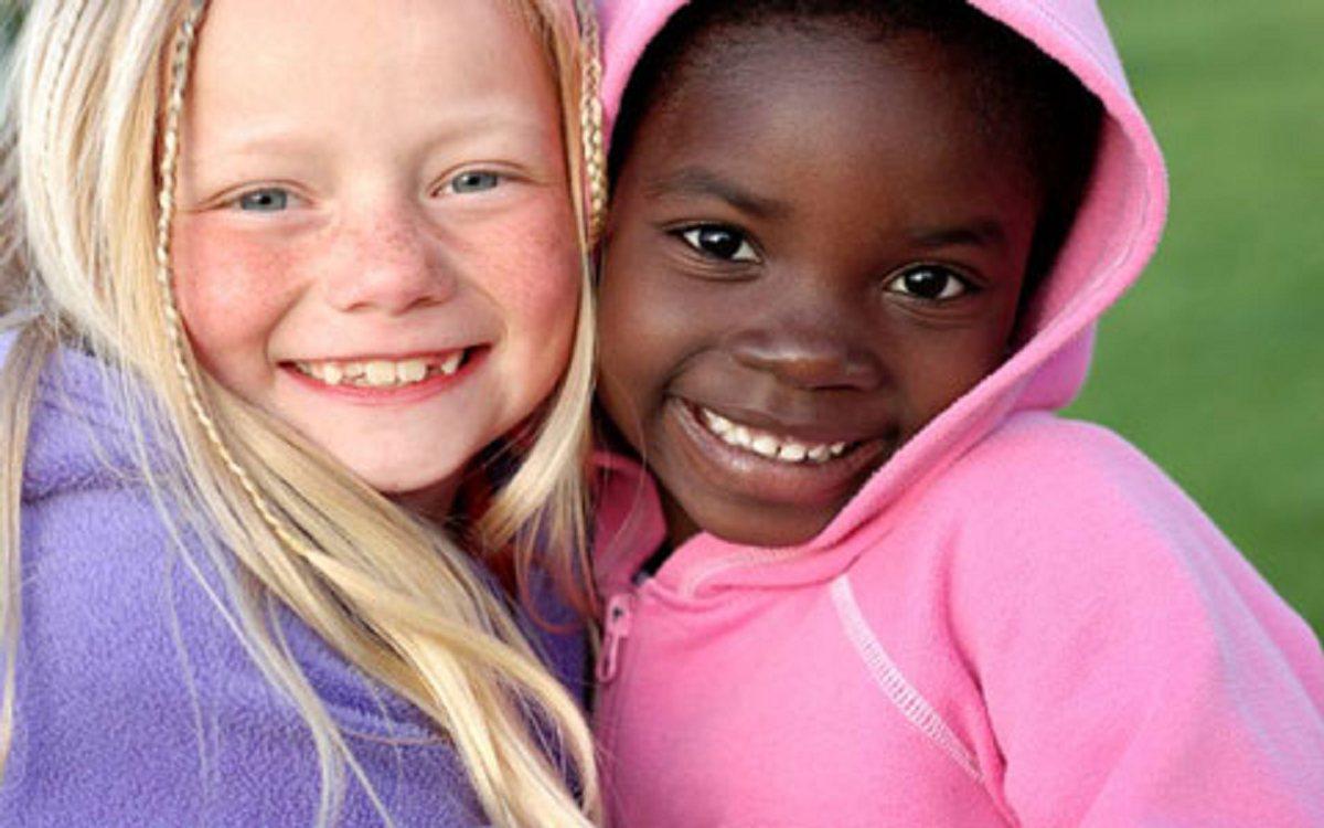 تفاوتهای انسانها و احترام به آن را به کودکان بیاموزیم