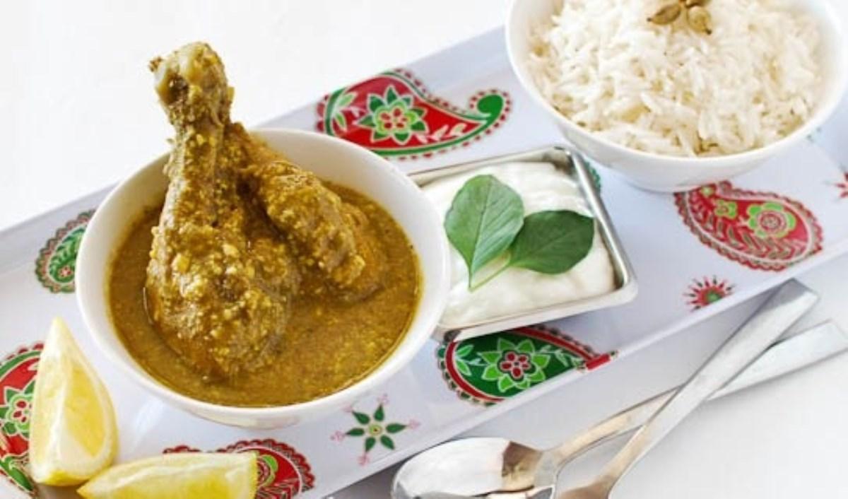 طرز تهیه غذای ملل خورش مرغ و کاری(هندی)