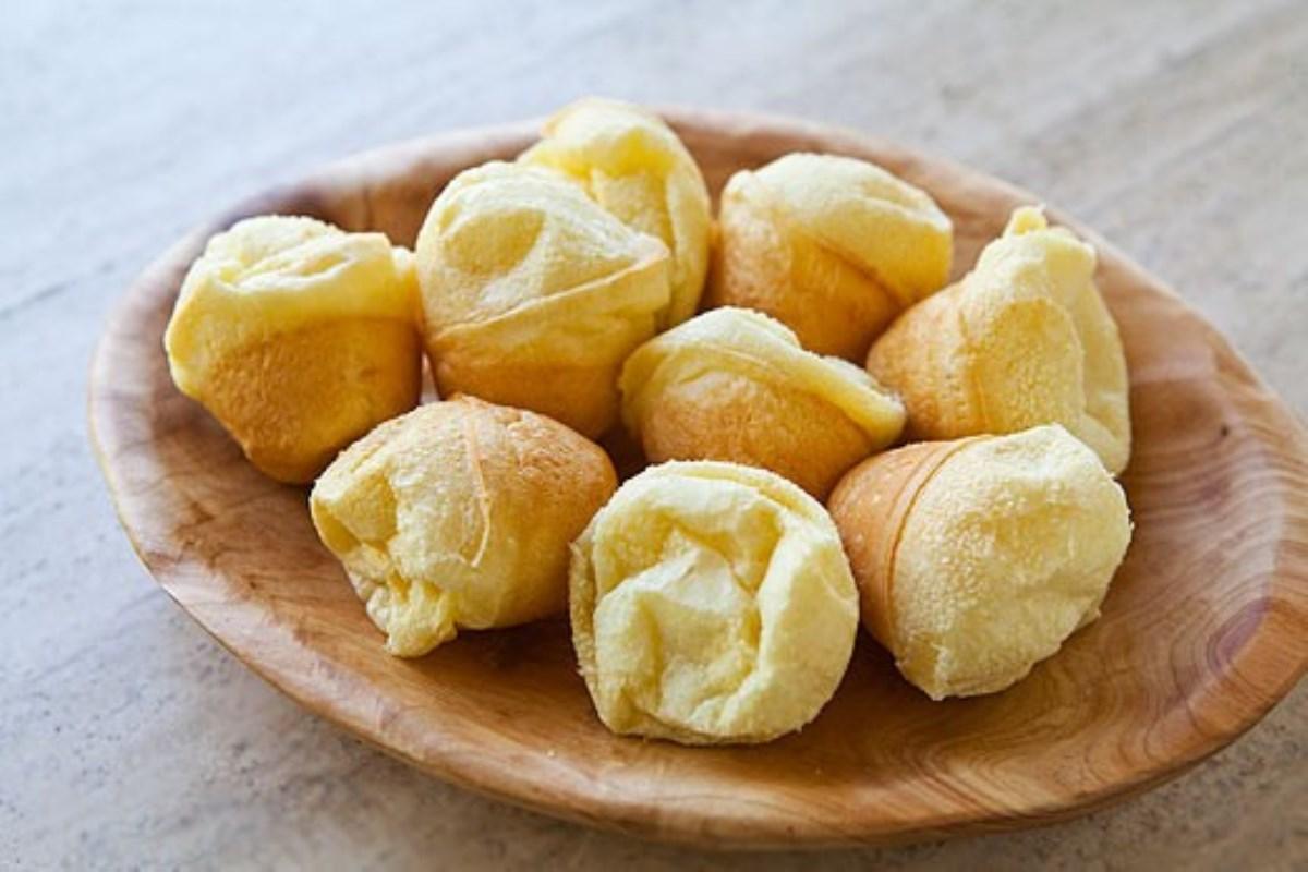طرز تهیه غذای ملل نان پنیری برزیلی(پفک برزیای)