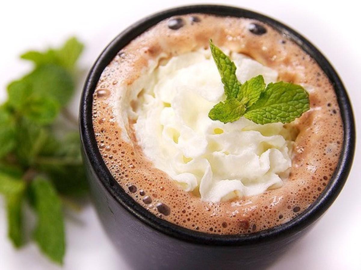 طرز تهیه غذای ملل شکلات داغ اسپایکی(امریکایی)