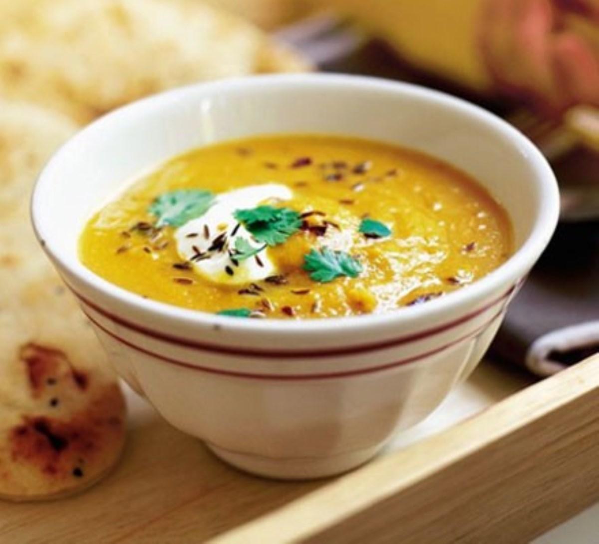 طرز تهیه غذای ملل سوپ عدس و بادمجان(مجارستان)