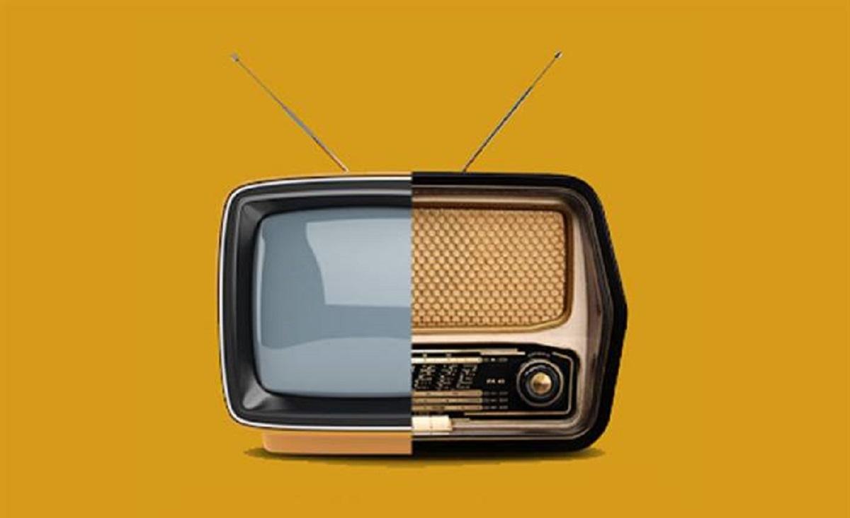 کنترل و تنظیم رادیو و تلویزیون