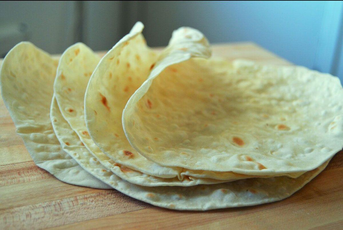 آموزش پخت چهار مدل نان خانگی