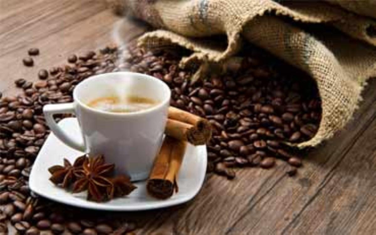 طرز تهیه نوشیدنی گرم، قهوه دارچینی