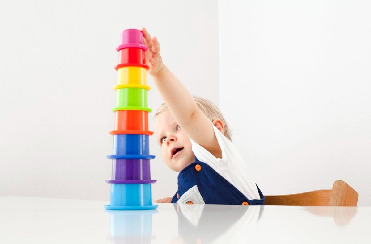 مهارتهای شناختی کودک شش ماهه چه مواردی را شامل می شود؟