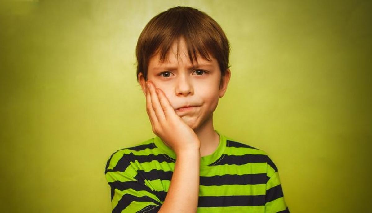 درمان دندان درد کودکان با ۴ روش خانگی