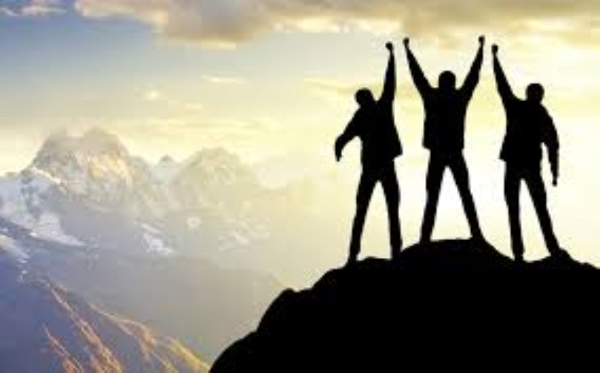 چگونه در دوران نوجوانی موفق باشیم