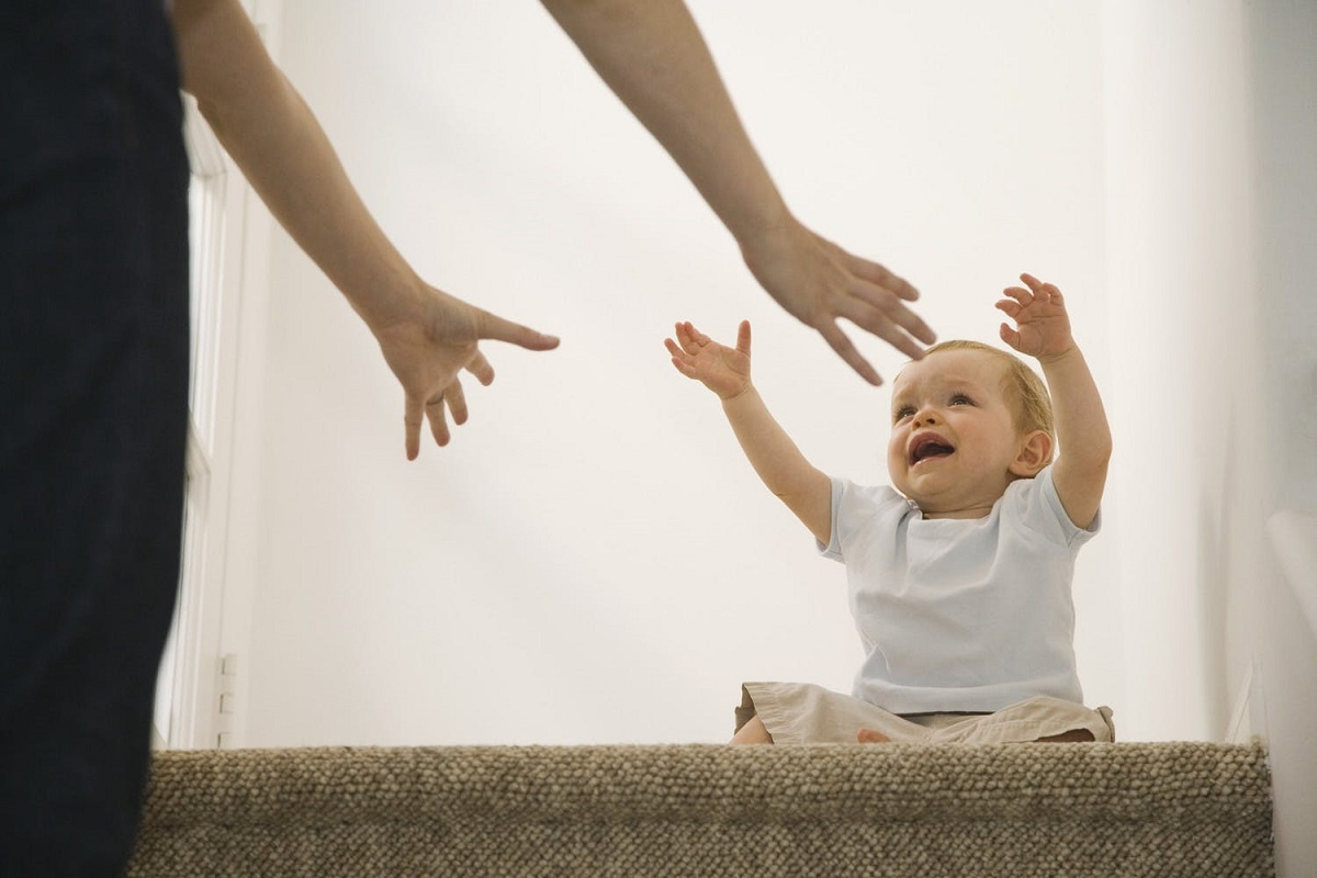 چگونه از بروز اضطراب جدایی در کودک جلوگیری کنیم؟