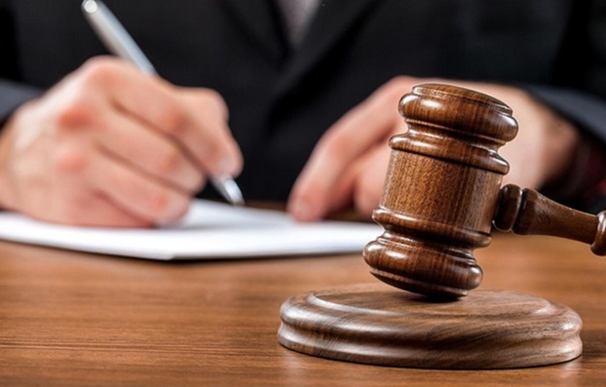 تفسیر نادرست قانون