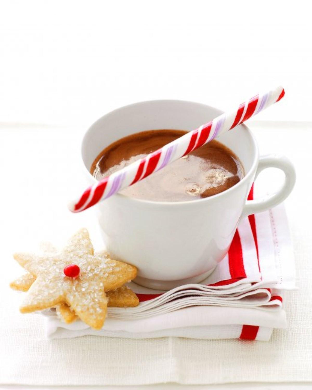 طرز تهیه نوشیدنی گرم، شکلات داغ نعنایی