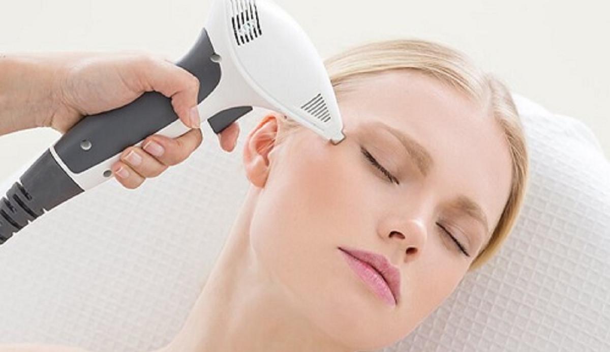 انواع لیزر موهای زائد و عوارض آن که باید بدانید