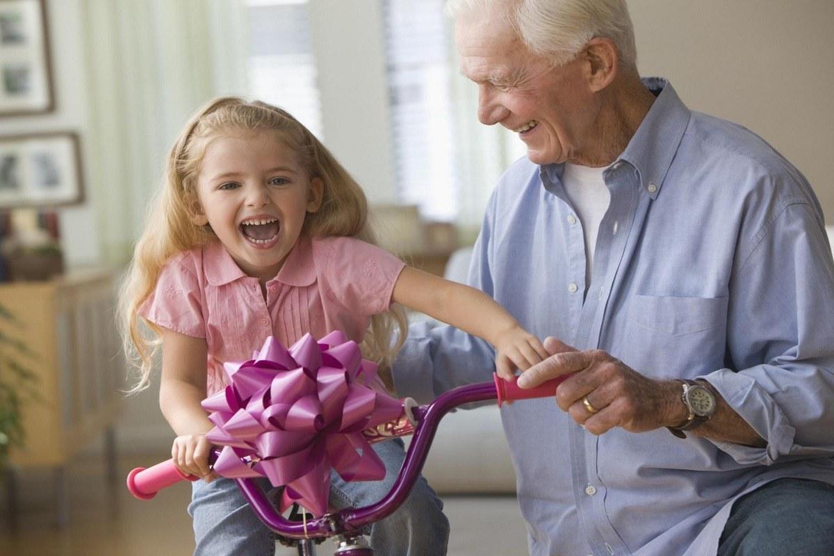 آیا کارهای مادربزرگ و پدربزرگ موجب لوس شدن فرزندتان می شود؟