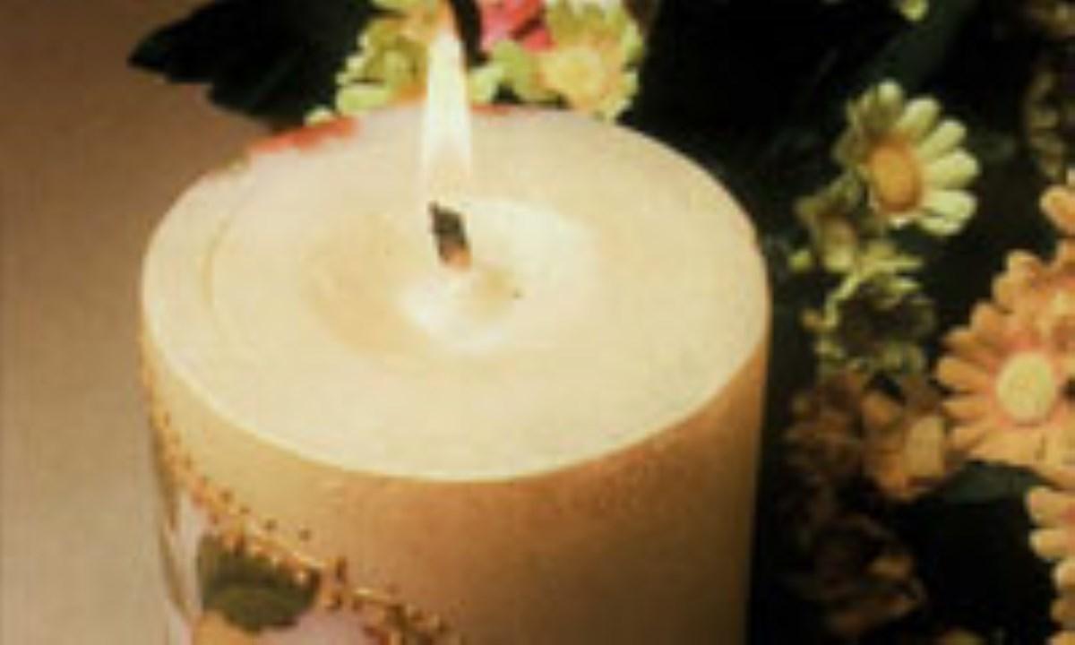 دکورهاي مختلف روي پايه شمع آماده