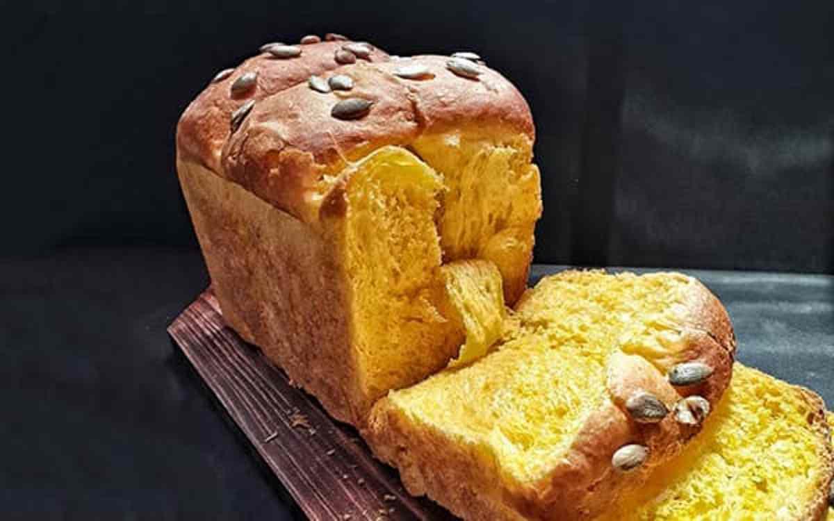 دستور پخت نان شیر زعفرانی