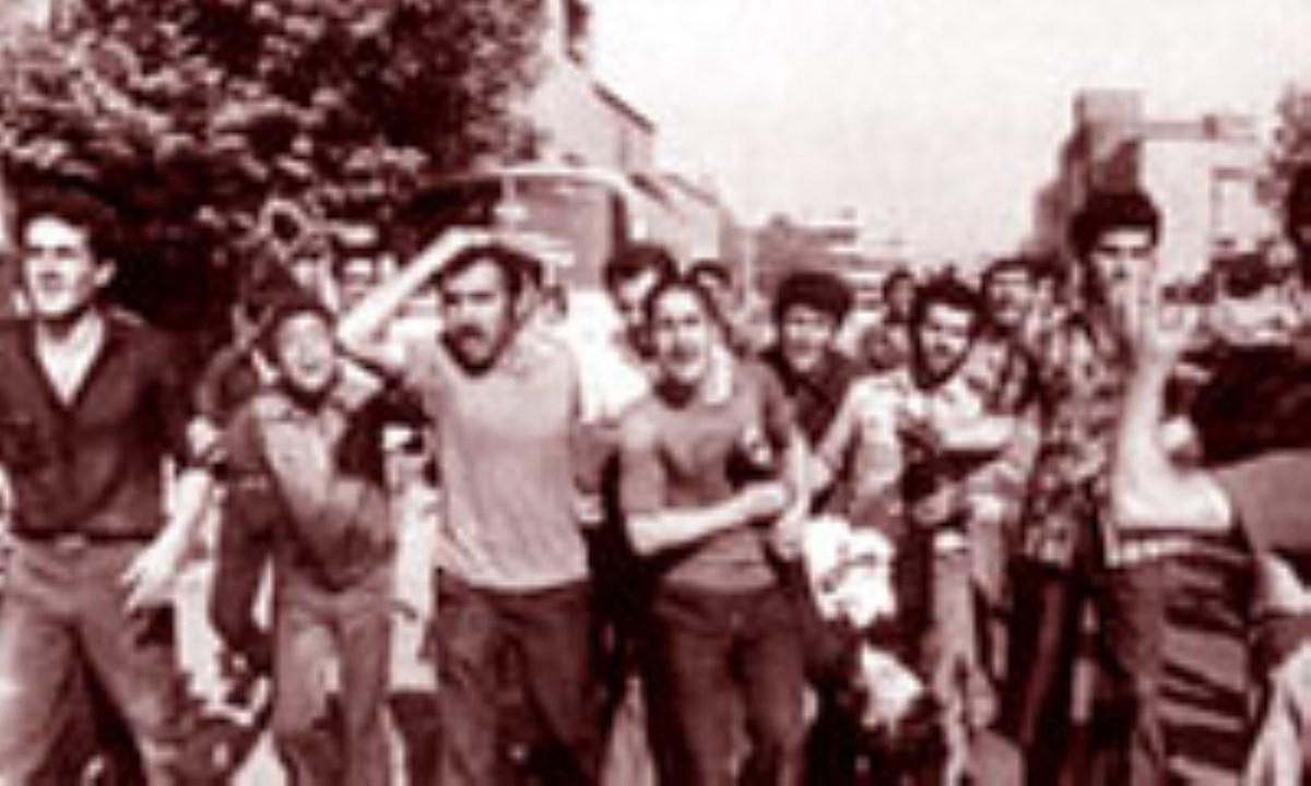 15 خرداد، برافتادن مشروطه و برآمدن انقلاب اسلامي (3)
