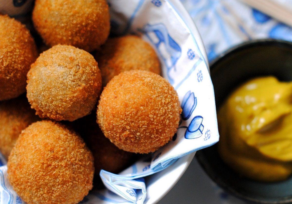 دستور تهیه سه نوع غذای سنتی هلند