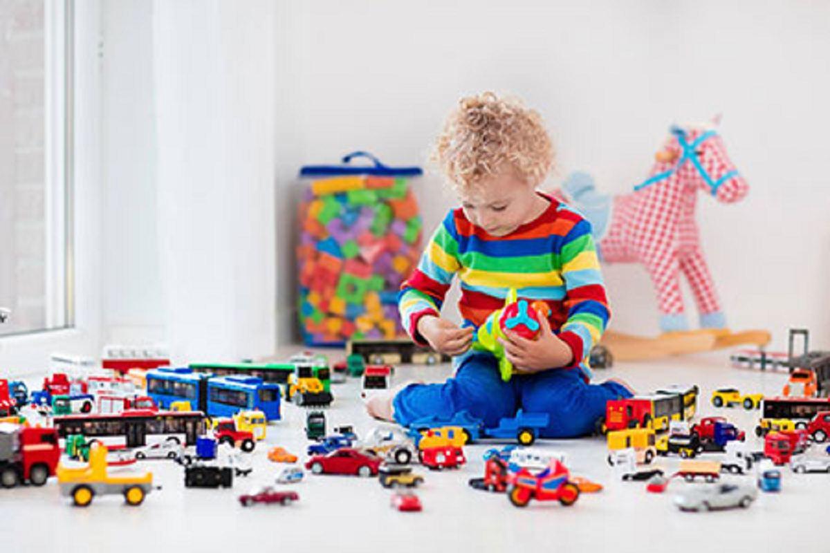 اسباب بازی های زیاد و مشکلاتش برای کودکان