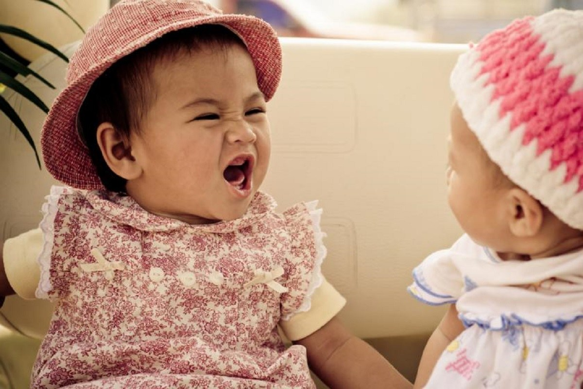 آیا کودک نه ماهه متوجه صحبتهای اطرافیان می شود؟