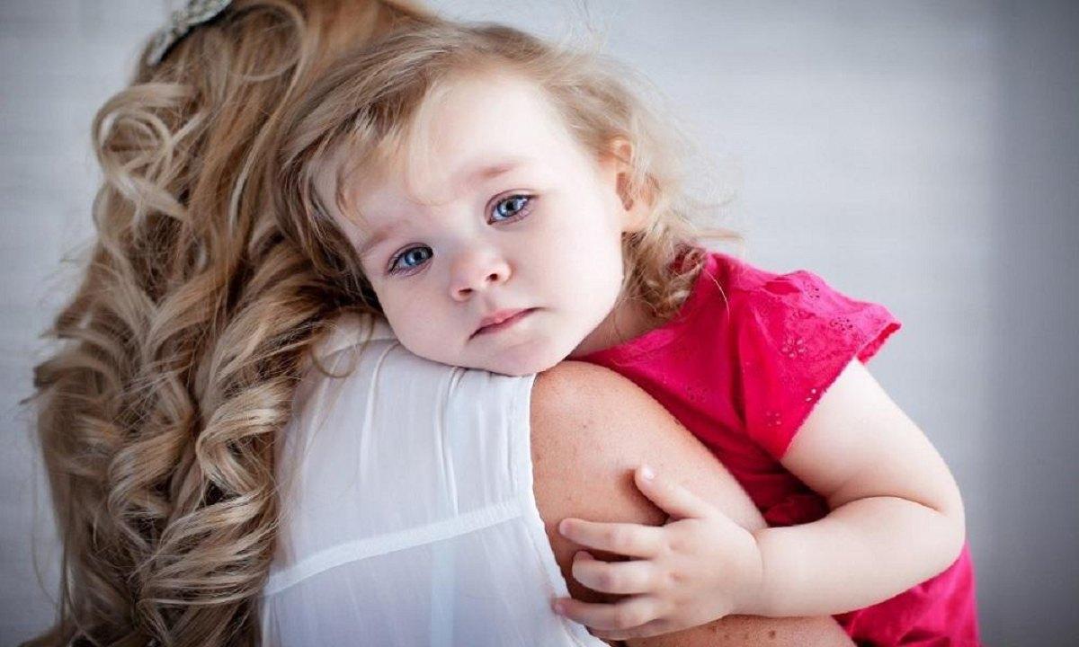 چگونه مشکل یا اختلال اضطراب جدایی در کودکان را رفع کنیم