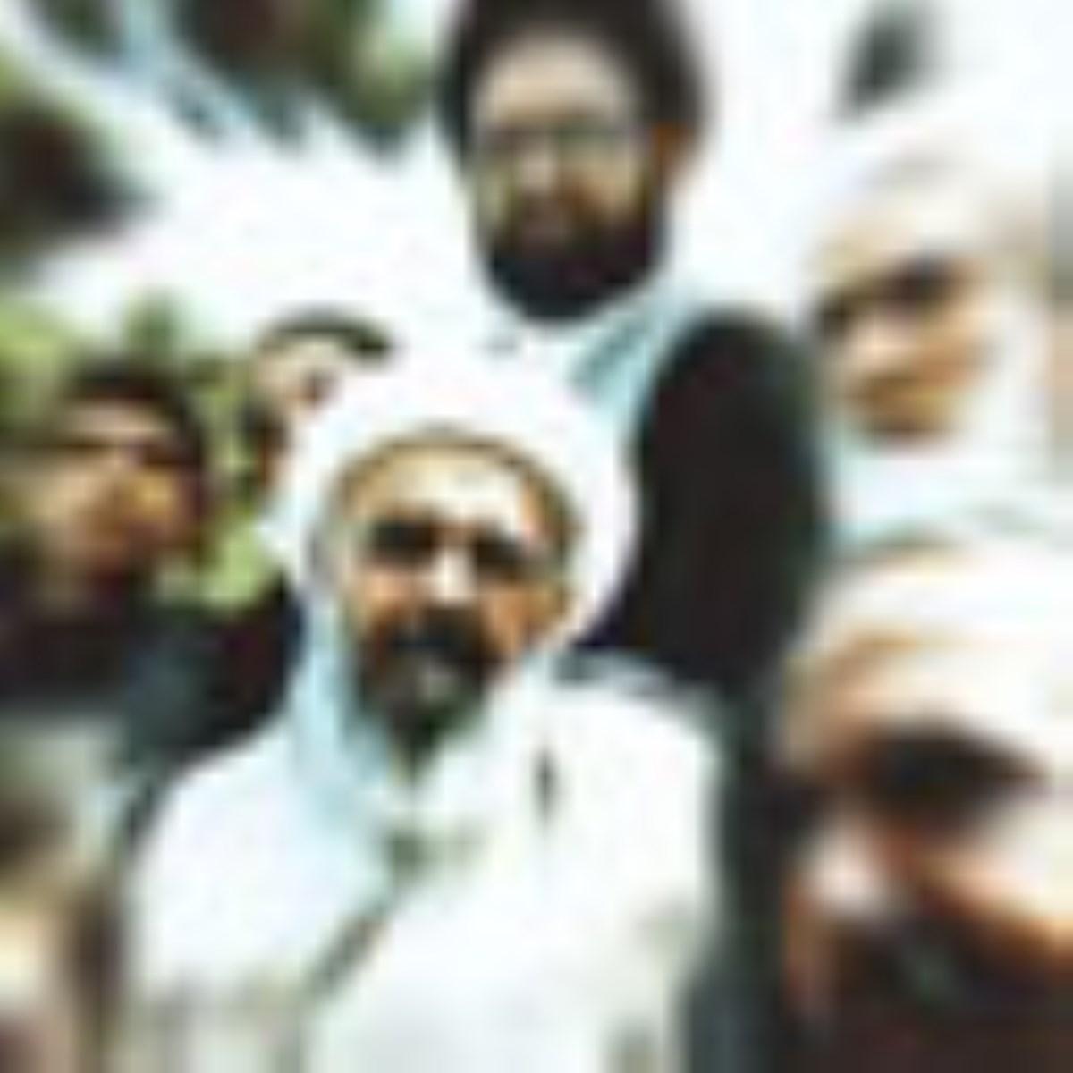 شهید صدوقی در لابلای یادمان ها