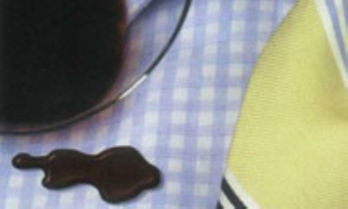 23 روش برای از بین بردن لکه از روی پارچه
