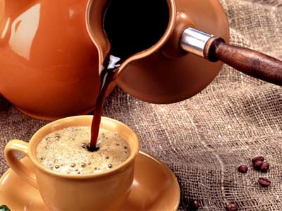 طرز تهیه نوشیدنی گرم، قهوه ترک