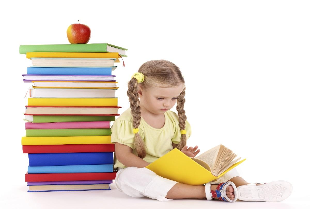 کتابخوانی چه فوایدی برای کودکان دارد؟