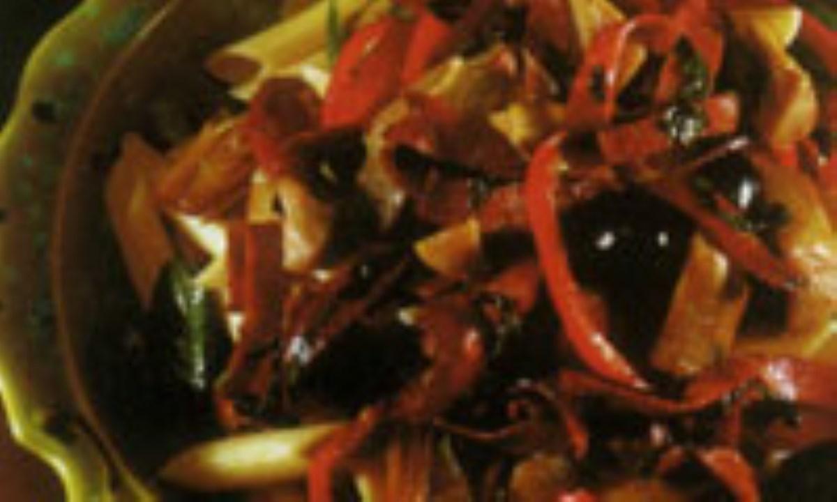 سالاد کنگر فرنگي و گوشت گاو