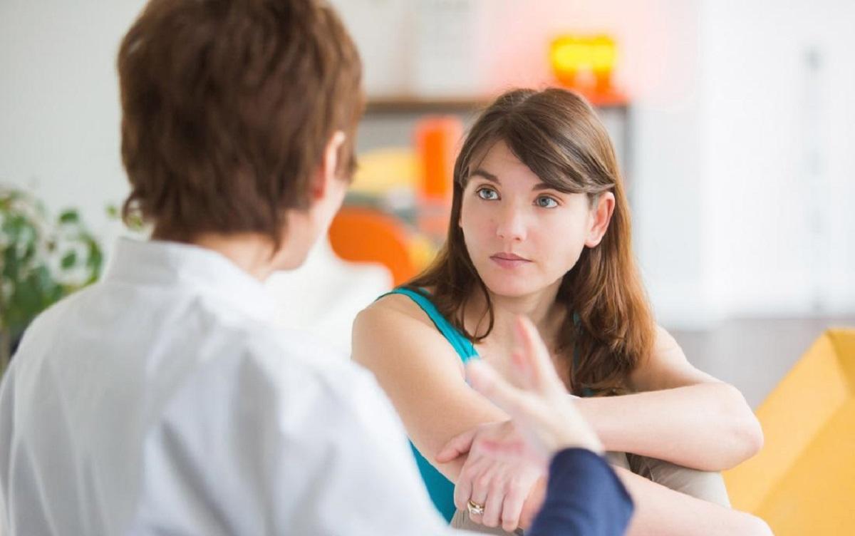 هرآنچه که باید راجع به موی سینه در زنان بدانیم