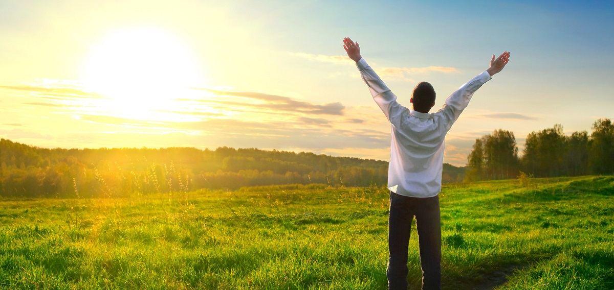 عواملی که خوشبختی واقعی را نصیب ما می کند