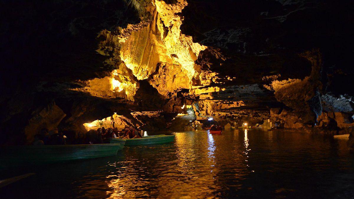 غار علیصدر همدان