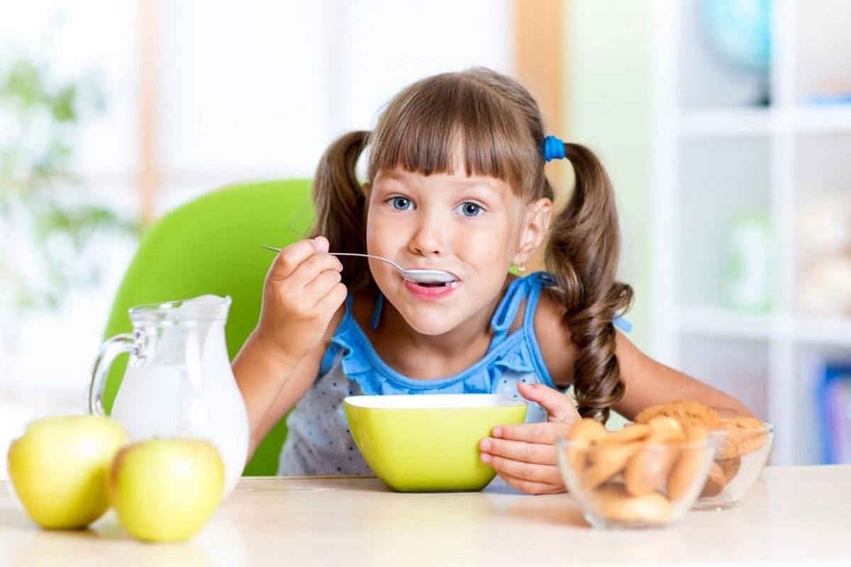 اهمیت خوردن صبحانه برای کودکان
