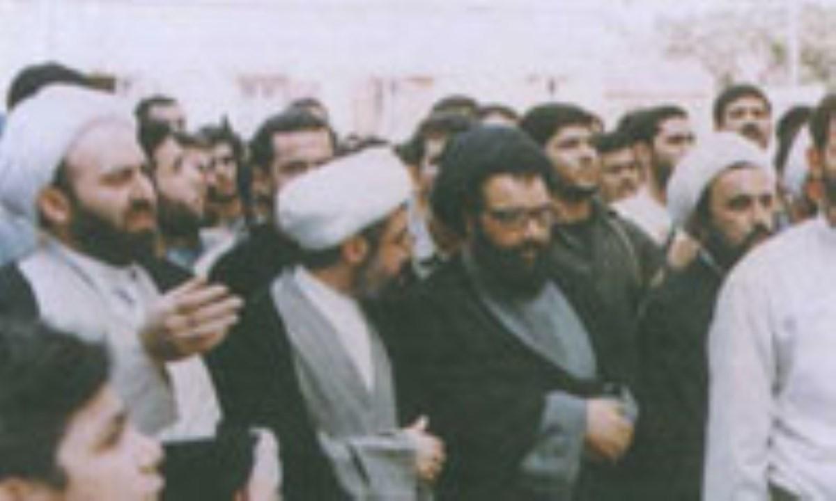 عزت بخش لبنان
