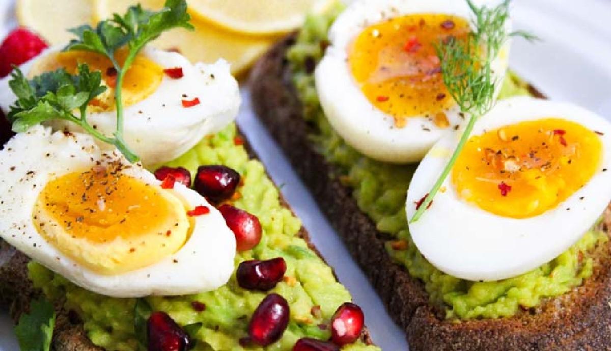 ۱۰ خاصیت تخم مرغ، این سوپرغذای سرشار از ویتامین و پروتئین