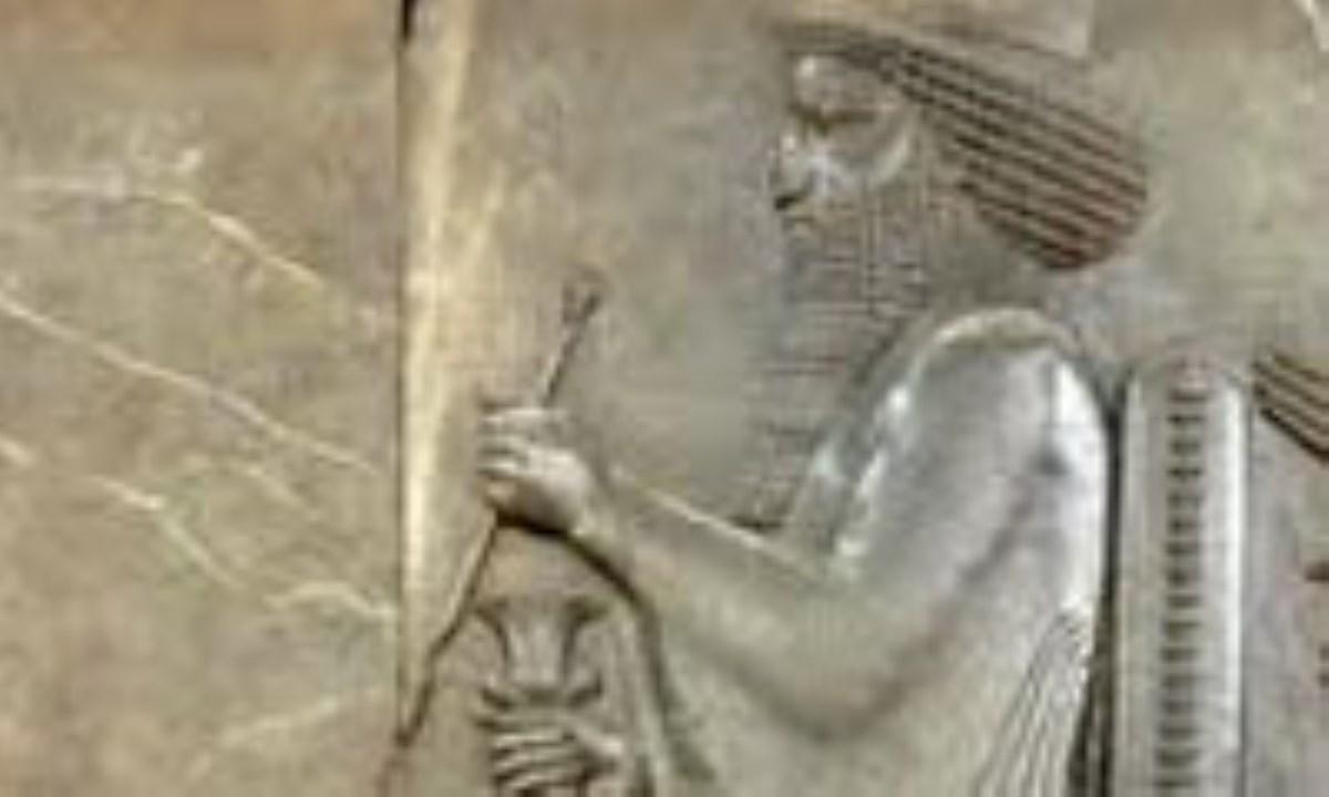 تأثير ادبيات ايران باستان در ادبيات دوران اسلامي