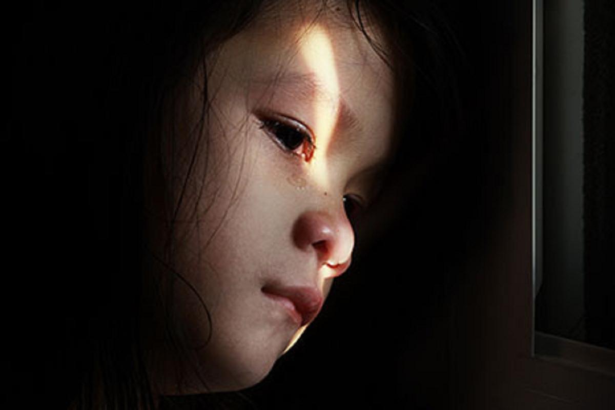 کودک ازاری عاطفی و اثرات مخرب ان روی کودک