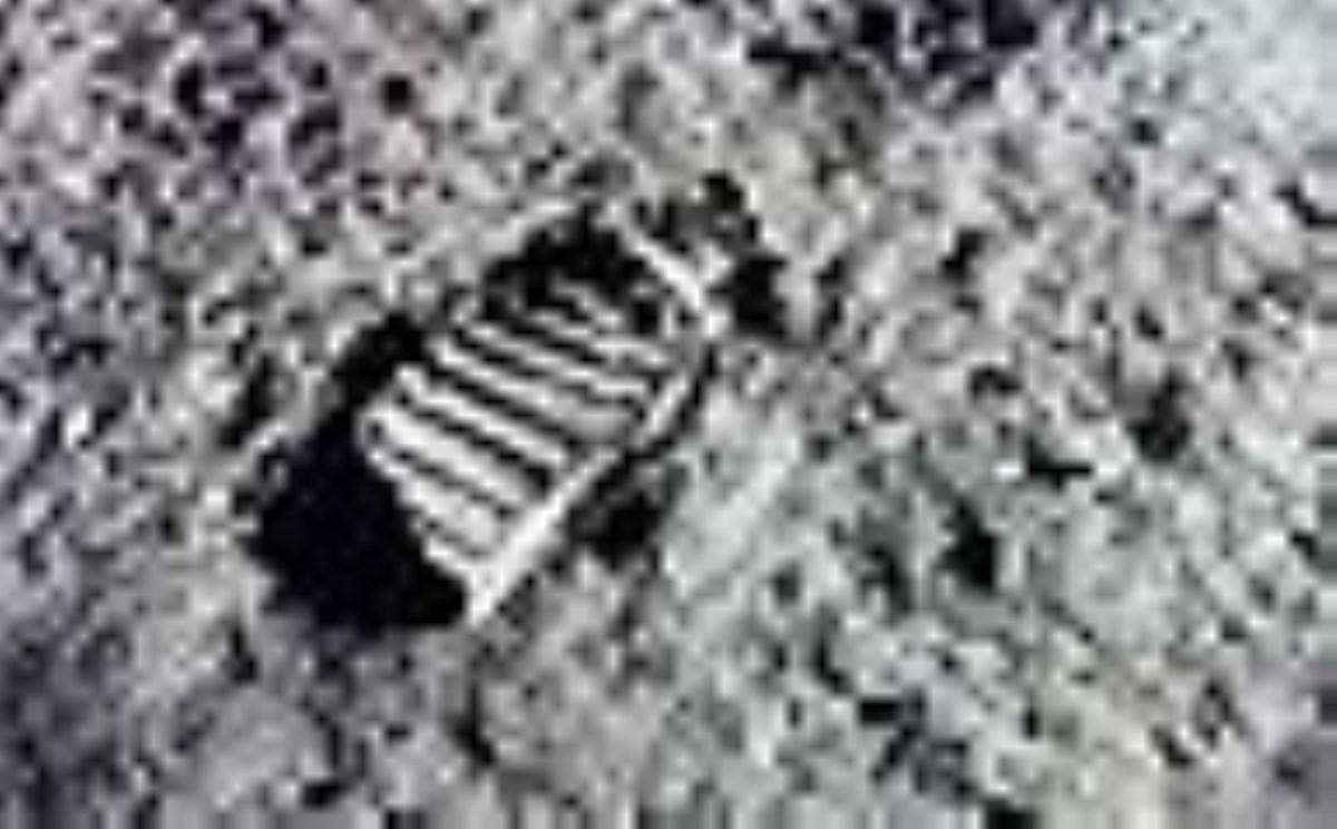 دوازده مرد شجاعی که قدم به ماه گذاشتند
