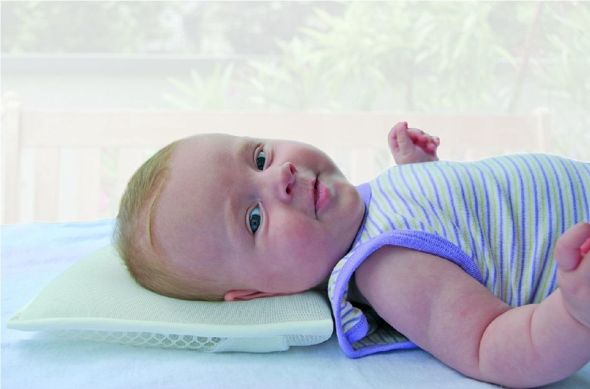 عارضه تورتیکولی در نوزادان