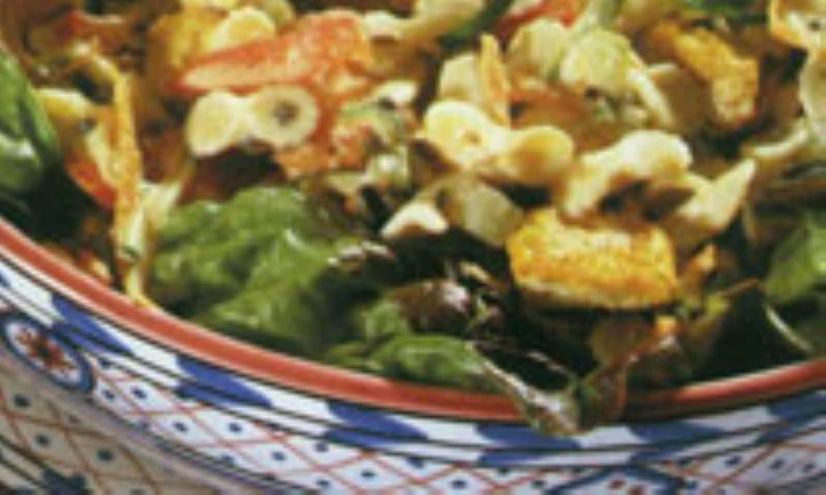 سالاد توفو سرخ شده با سبزيجات