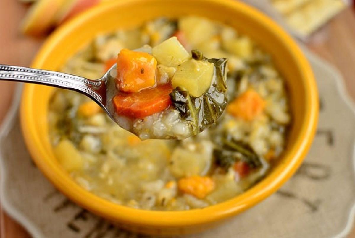طرز تهیه سوپ جو با مرغ ( غذای رژیمی)