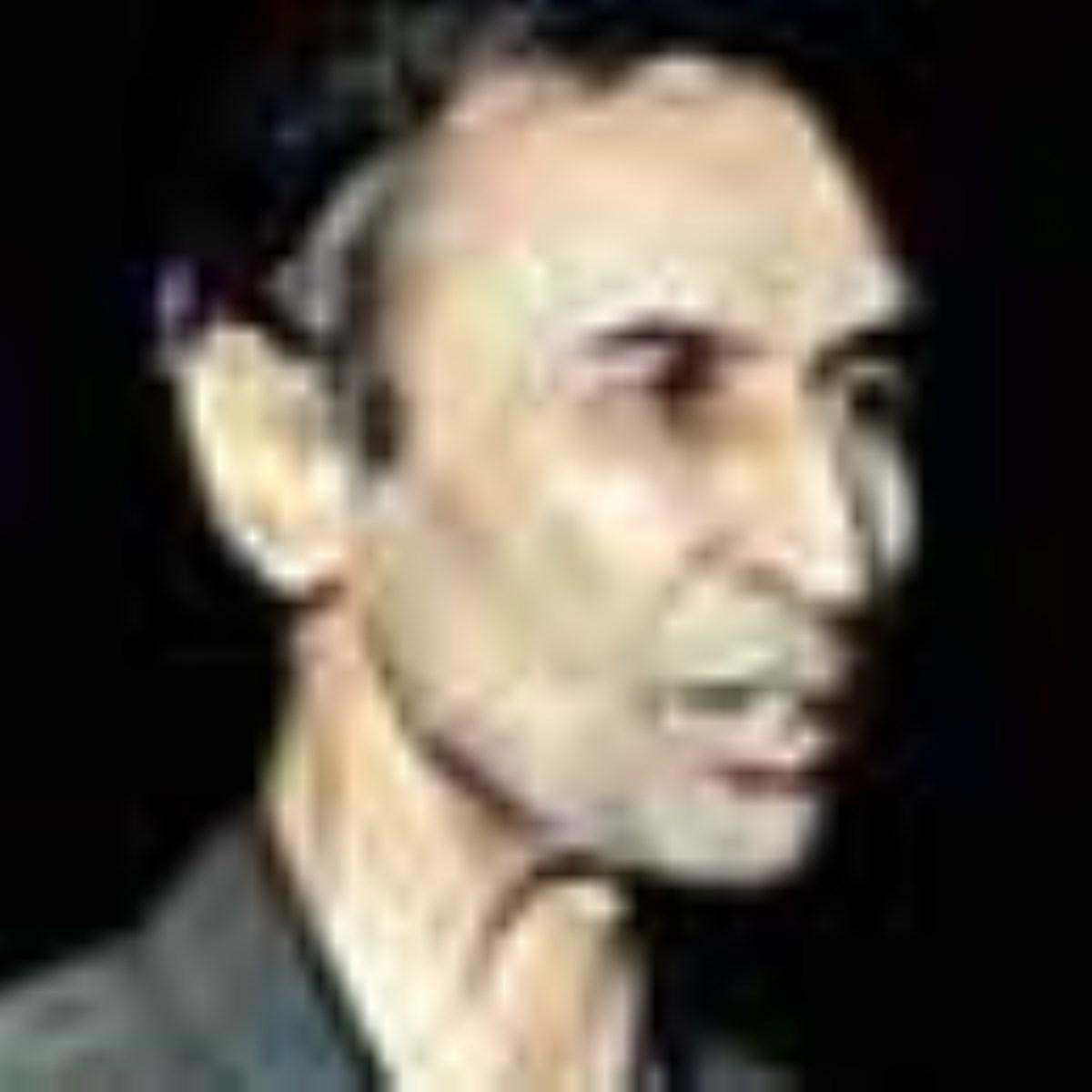 مروری بر زندگی و آثار احمد آقالو و گفتگویی ماندگار از وی