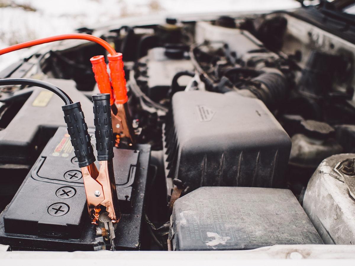 فروش و نصب باتری ماشین در محل
