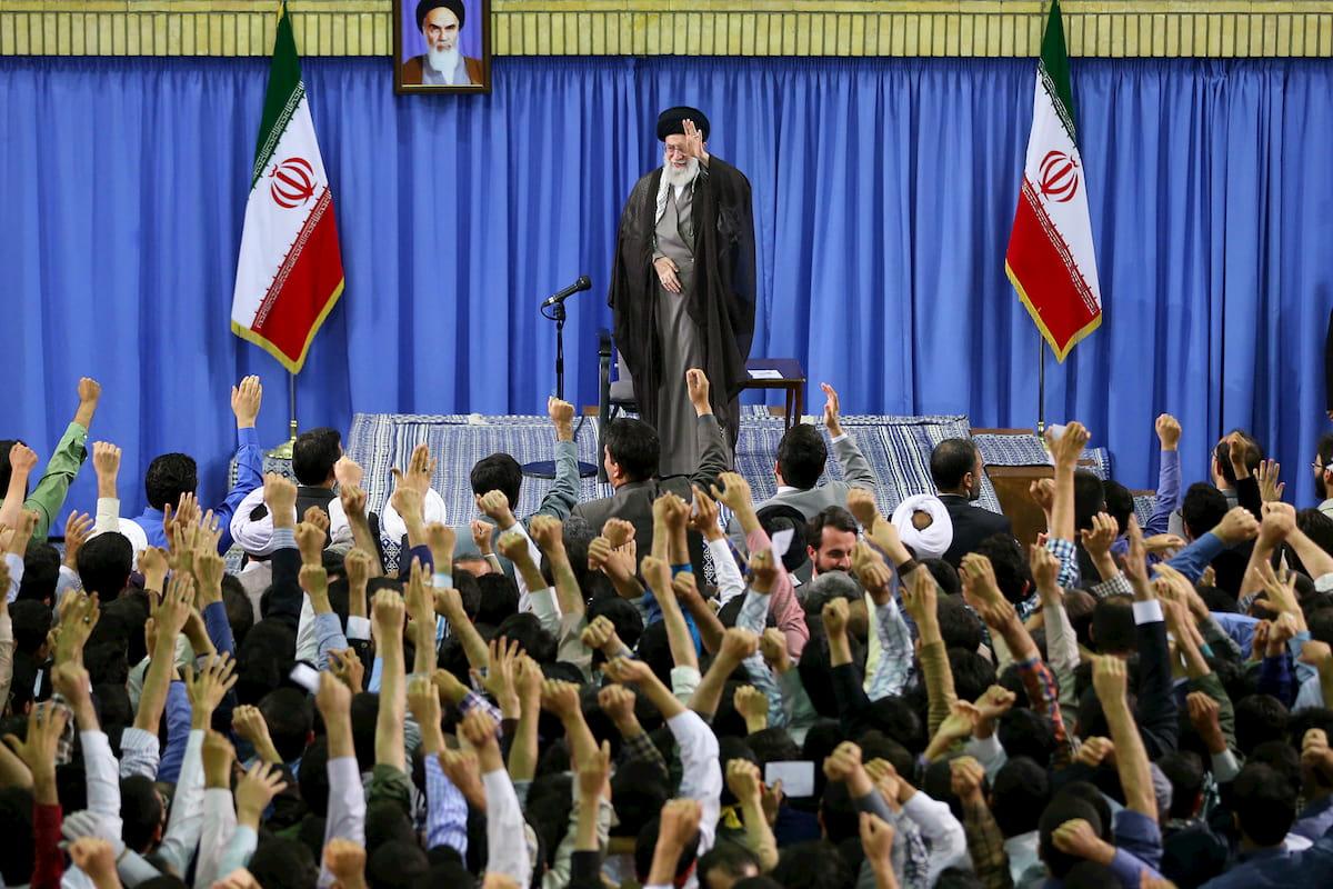 تشکیلات انقلابی و فرصتهای طلایی