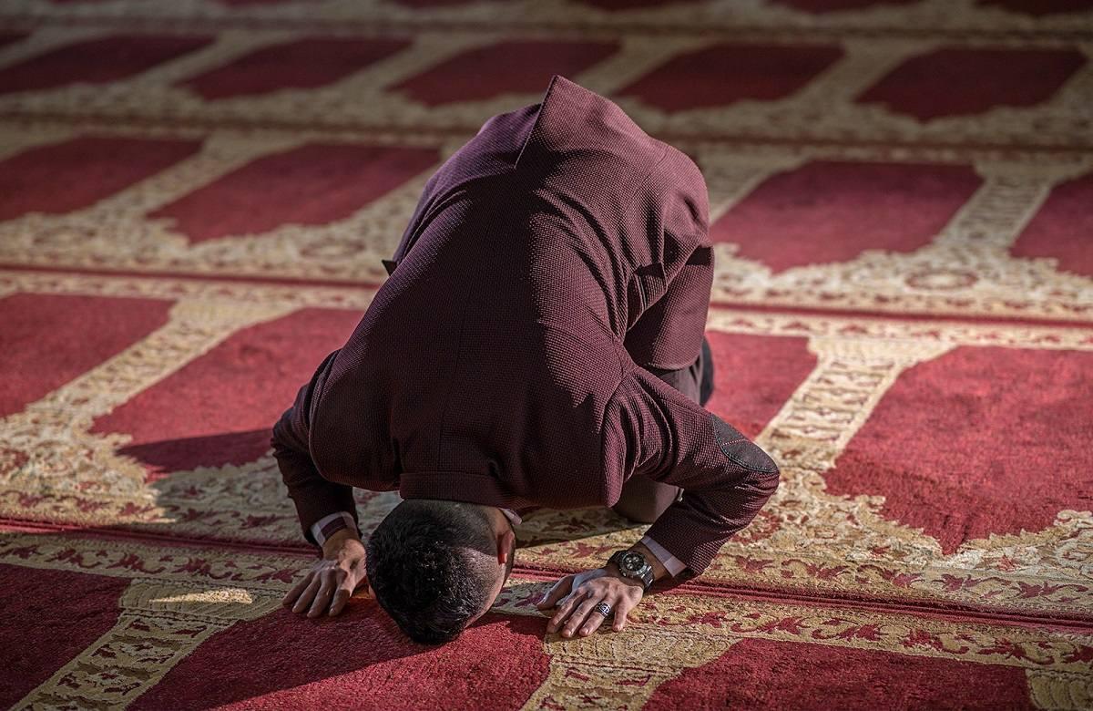 نماز احتیاط چه زمانی واجب می شود؟ و چگونه باید خواند؟